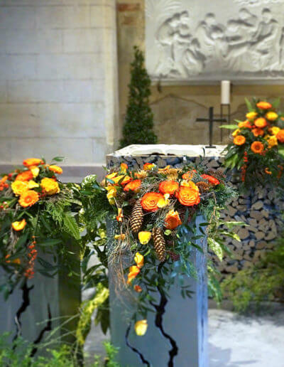 Urnenschmuck Friedhofskapelle
